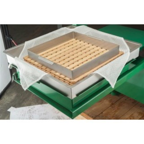Filter cloth (berries, fruits), weight 270 g/m², width 170cm. Price per m², 21% VAT incl. Free shipping!