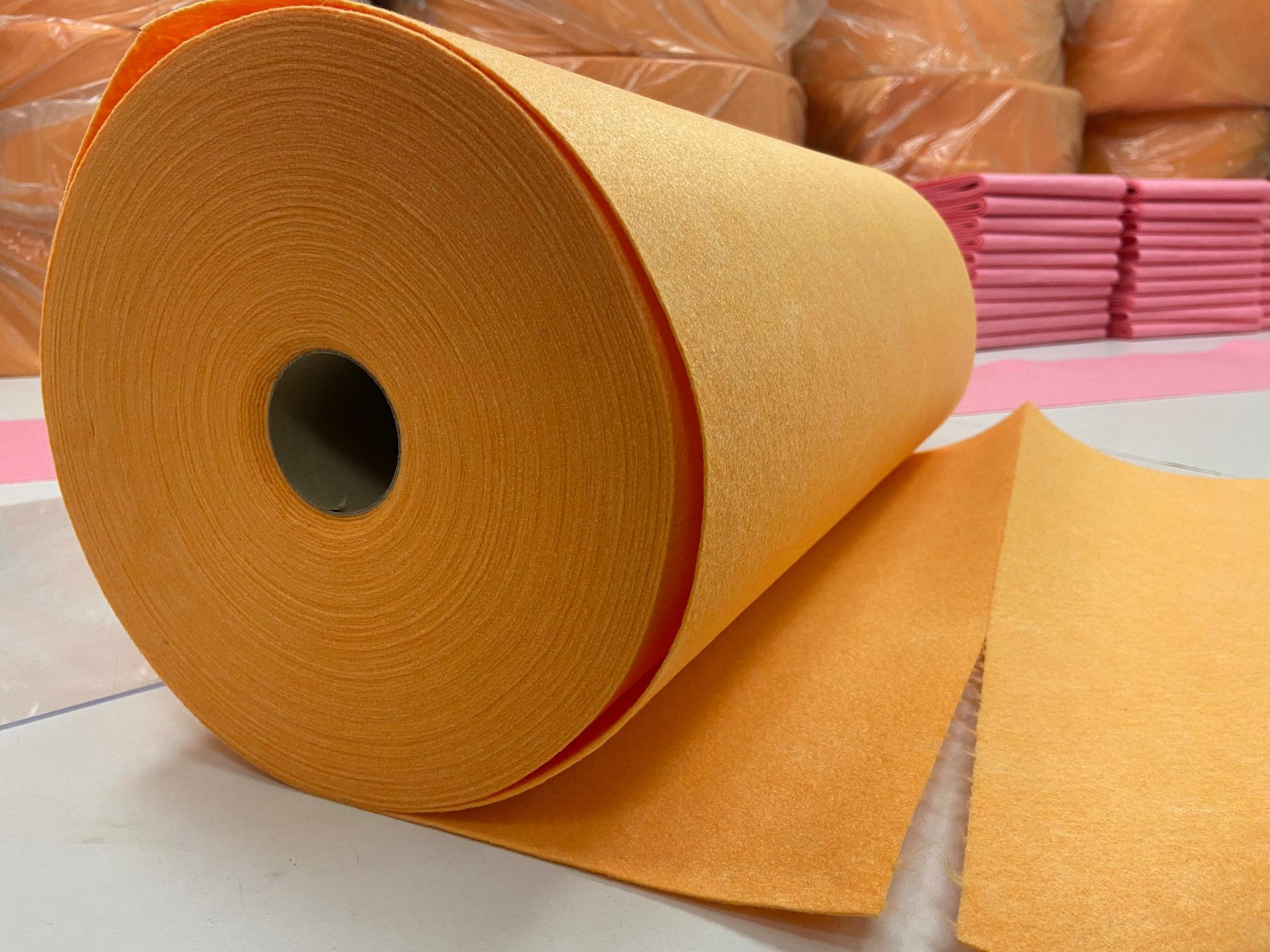 Universālā lupata oranža, noplēšama. Bl.160g/m², pl.50cm. Cena norādīta ar PVN (21%) par rulli 45m (75gab). Bezmaksas piegāde!