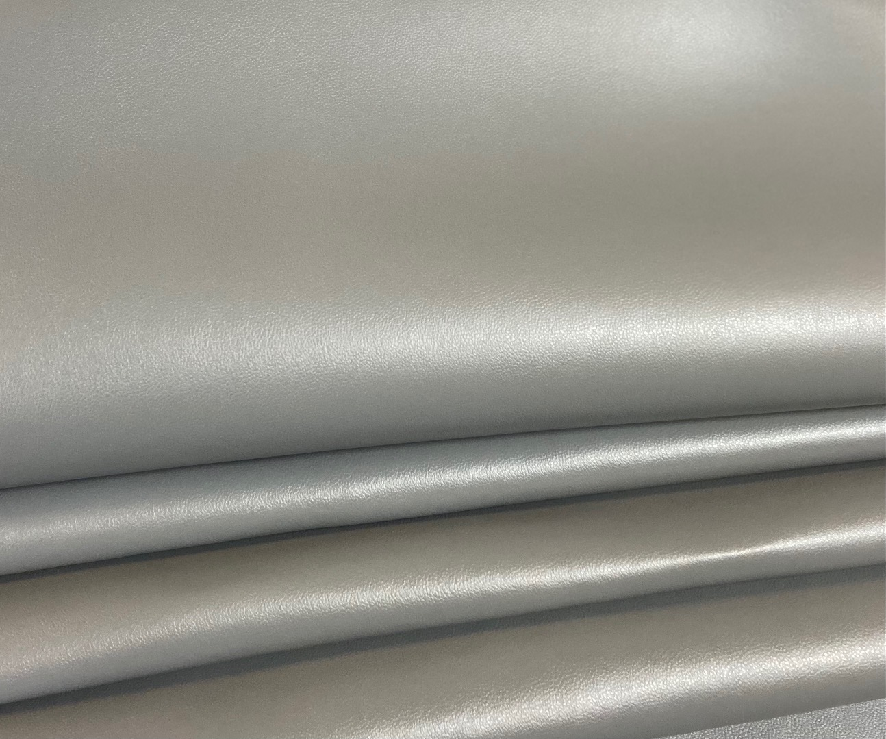 PVC Leather MAR- UV, salt water resistant, GREY colour, width 145cm, weight 600g/m². Price per meter VAT incl. Free shipping!